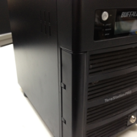 RAID5 HD-H1.0TGL/R5 使用中に「System Error E04」エラー発生して起動しない。
